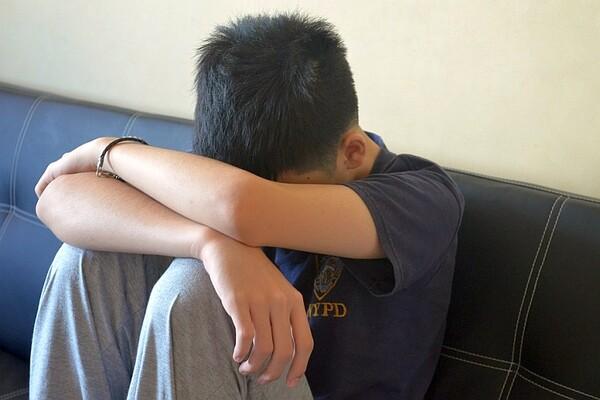 Maloletni Novosađanin lažno prijavio da su ga tukla petorica