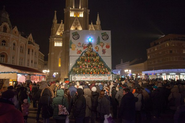 """""""Novosadski Winter Fest"""" od danas ponovo na Trgu Slobode"""