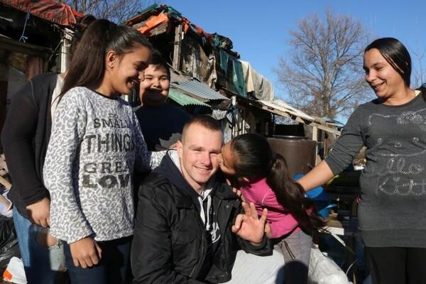 Novosađani za praznike poklonili Đurkićima novi dom