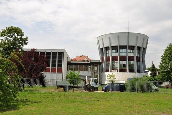 Bez vode delovi Novog Sada i Veternika