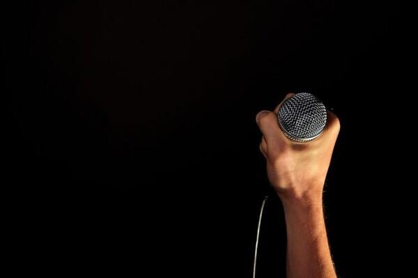 ''Stand up'' radionica u Američkom kutku
