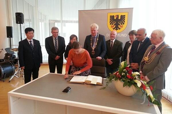 Zvaničnici Grada Novog Sada posetili Dortmund