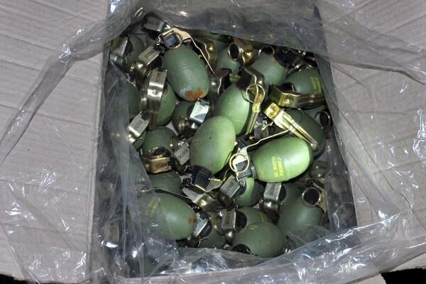 FOTO: Zaplenjena najveća količina oružja, municije i eksplozivnih sredstava od 2000. godine