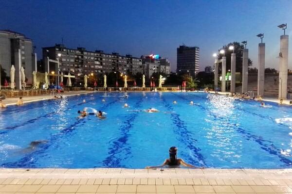 ALL DAY PARTY: Didžej žurke tokom vikenda na otvorenom bazenu Spensa