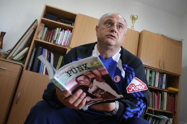 Sava Savić, novinar: Rat je veliko zlo, u kojem običan narod i sirotinja najviše nagrabuse