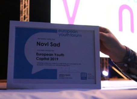 """""""DUPLA KRUNA"""": Novi Sad izabran za omladinsku prestonicu Evrope 2019"""