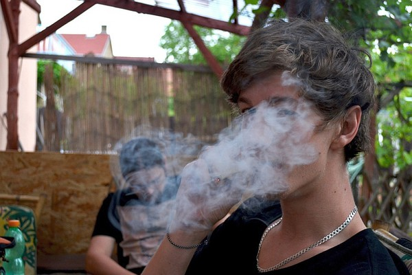 Maloletni Novosađani osumnjičeni za posedovanje marihuane