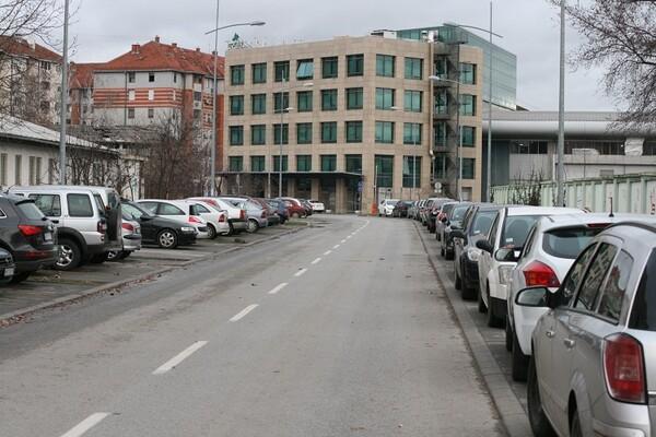 URBANISTI PRIZNALI GREŠKU: Nova Detelinara zakinuta za parkinge, kulturu i sport!