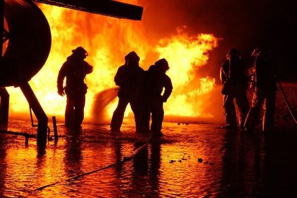 "Eksplozija na parkingu JGSP ""Novi Sad"", izgorela dva autobusa"