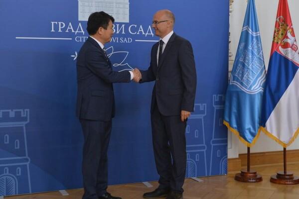 Ambasador Republike Koreje u poseti Novom Sadu (FOTO)