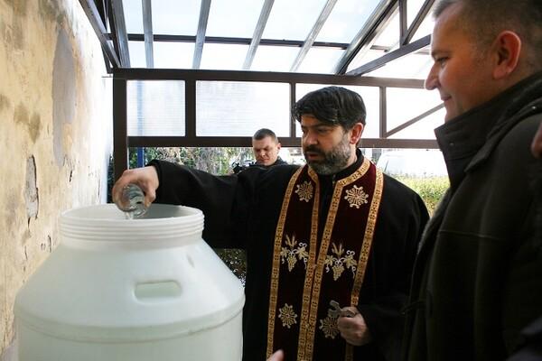 Prekida se praksa osveštavanja vode iz novosadskogvodovoda