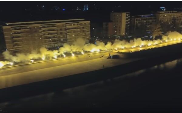 Bakljada navijača Vojvodine na Keju (VIDEO)