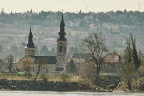 SKUPŠTINA GRADA: Kej u Sremskoj Kamenici nosiće ime humanog Velje Ribara