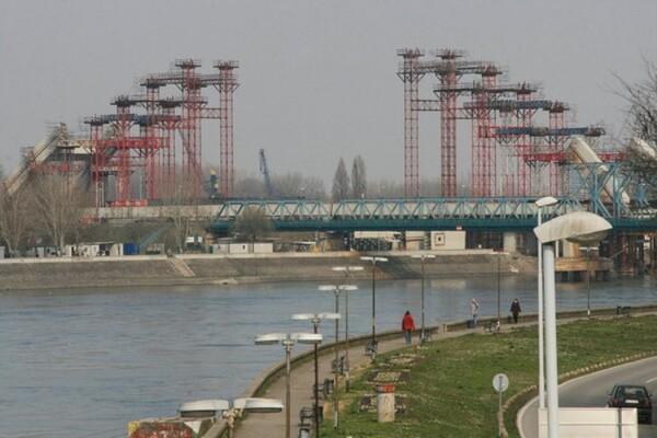 UPOZORENJE: Ugrožena bezbednost plovidbe Dunavom kod Novog Sada