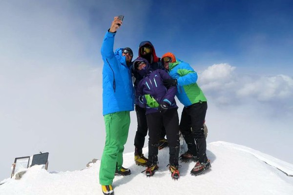 Novosadski profesori osvojili najviši vrh Kavkaza (FOTO)