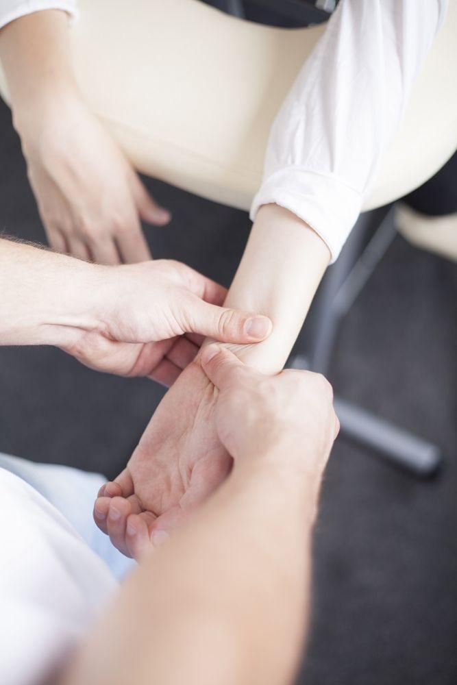 Muskarce za novi masaza sad Erotska masaza