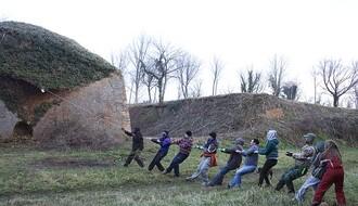 Petrovaradinska tvrđava: Volonteri uklonili 700 kg divljeg rastinja