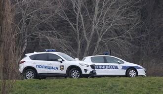 Policija blokirala Rumenku, po atarima potera za odbeglim muškarcem