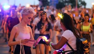 FOTO PRIČA: Šta se sve prodaje na putu do Exita i šta je ovogodišnji hit
