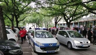 FOTO: Zgrada suda evakuisana zbog dojave o postavljenoj bombi