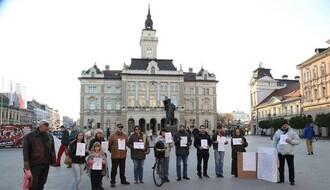 Tišinom protiv korupcije u društvu