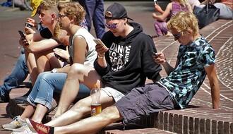 Zbog pametnih telefona zanemarujemo ljude u okruženju