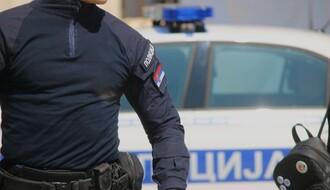 Vozač pod dejstvom alkohola bežao bosonog od policije u Temerinskoj ulici