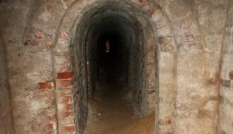 UPOZORENJE: Fekalne vode ponovo natapaju podzemlje Tvrđave