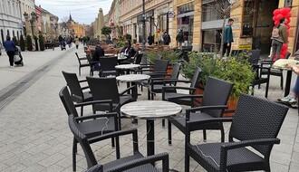 PITALI SMO NOVOSAĐANE: Da li vam nedostaje ispijanje kafe u baštama kafića? (FOTO)
