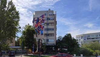 FOTO: U toku je oslikavanje još jednog murala u gradu