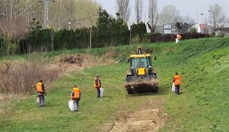 OD RIBARCA DO FUTOGA: Počela akcija uklanjanja smeća duž priobalja Dunava (FOTO)