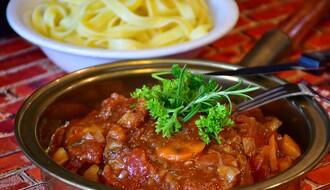 NAŠ IZBOR: Kuvani obrok do 500 dinara