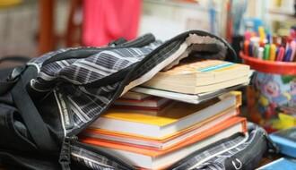 Besplatno školovanje: Cene udžbenika i ove godine visoke