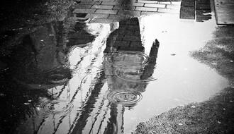 Vreme danas: Hladnije, obilna kiša, moguće i nepogode, najviša dnevna u NS oko 30°C
