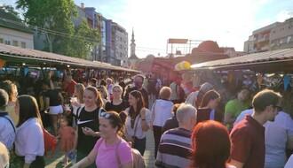 FOTO: Novosađani jedva dočekali prvi Noćni bazar u ovoj godini