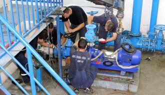 U toku celodnevni radovi za bolje vodosnabdevanje Ledinaca (FOTO)