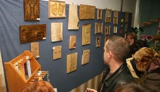 FOTO: Otvorena izložba u Prihvatilištu za odrasle u Futogu