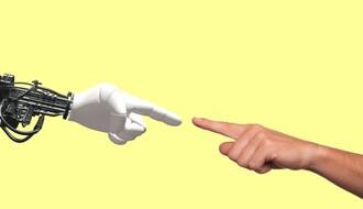 """""""Bitka za znanje"""": Nastavnici informatike će za asistente imati robote"""