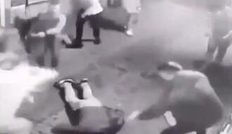 Određen pritvor osumnjičenima za brutalno prebijanje u ulici Laze Telečkog