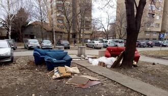 """Čistoća"" otklanja krupni otpad u Novom Sadu"