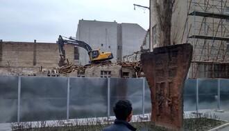 Sumnjive radnje, sumnjivi interesi: Protest zbog urušavanja Novog Sada