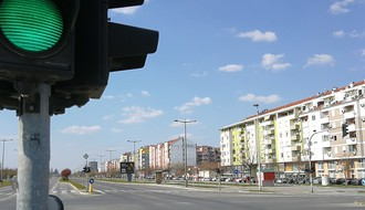 Grade se parkinzi na Bulevaru Evrope