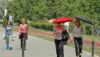 Vreme danas: Veoma toplo, posle podne moguće nepogode, najviša dnevna u NS oko 35 °C
