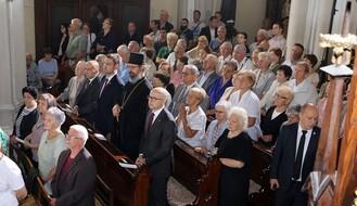 Državni sekretar Svete Stolice služio misu u Novom Sadu (FOTO)