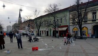 Oblačno i hladno, mestimično sa snegom, najviša dnevna u NS oko 0°C