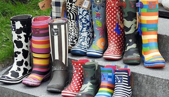 ISTRAŽUJEMO: Koliko u Novom Sadu koštaju gumene čizme (FOTO)