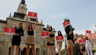 Stranka Istina izvela neobičan performans za legalizaciju kanabisa (FOTO)