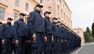 Stefanović: Policija svojim ponašanjem treba da ulije poverenje (FOTO)
