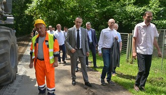 "SAMO RADNO: Obnavlja se putna infrastruktura na ""Ribarcu"" (FOTO)"