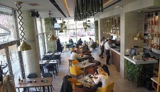 """""""District Lounge Bar"""": Novo mesto okupljanja novosadskih hedonista (FOTO)"""